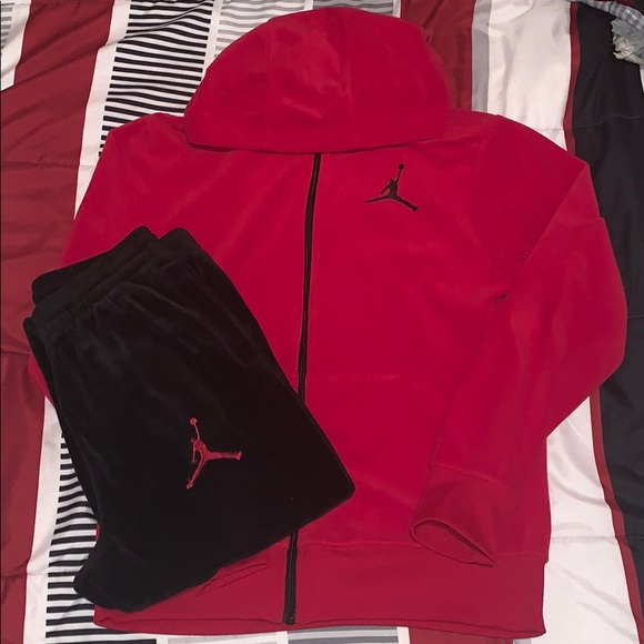 075de4bc639 Jordan Matching Sets | Michael Boys Velour Sweatsuit | Poshmark